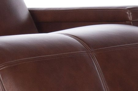 Gravis ZG Chair in Saddle upholstery - upholstery close up