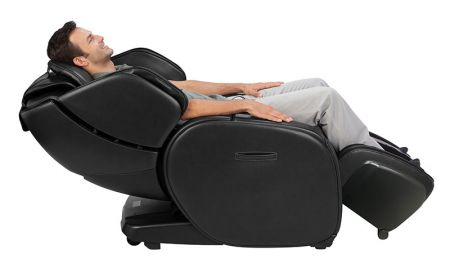 Man reclined in AcuTouch 6.1 massage chair
