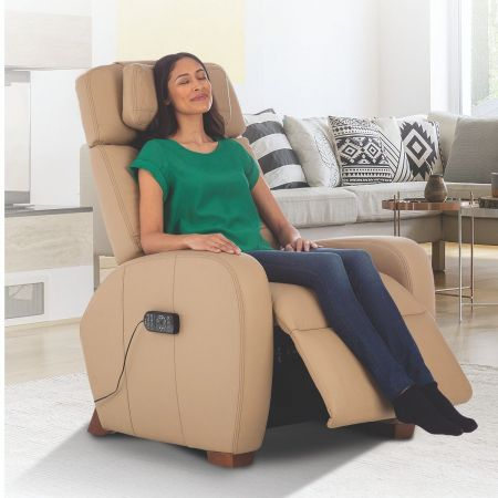 Woman enjoying sitting in Sand Lito recliner