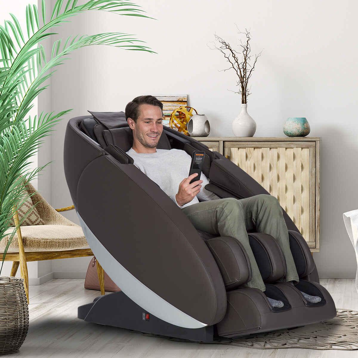 Novo XT2 massage chair